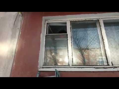 Спасатель через форточку пробрался в квартиру пожилой женщины
