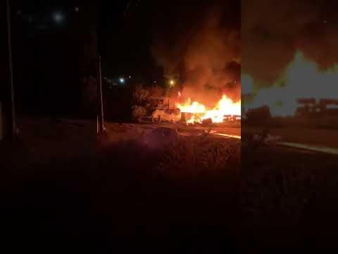 Камышитовый дом одинокого пенсионера сгорел в Костанае