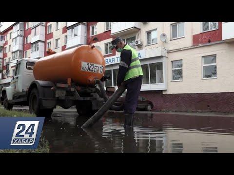 Улицы Петропавловска превратились в одно большое озеро