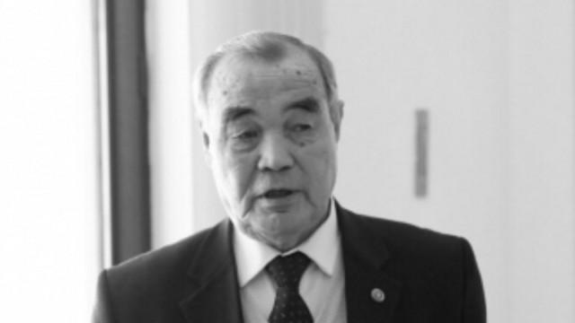 Ушёл из жизни ветеран казахстанского бокса Серик Абденалиев