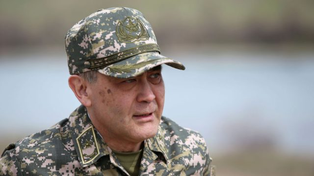 Министр обороны Казахстана Нурлан Ермекбаев самоизолировался