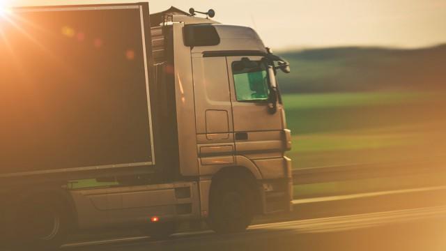 Ограничения для грузового транспорта ввели в Костанайской области
