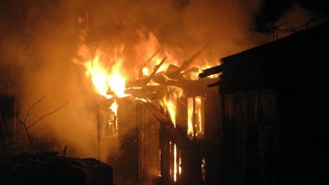 Тела пяти человек обнаружены на месте пожара в дачном кооперативе Степногорска
