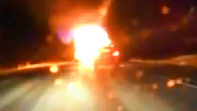 Ночью на трассе загорелся прицеп большегруза в Костанайской области