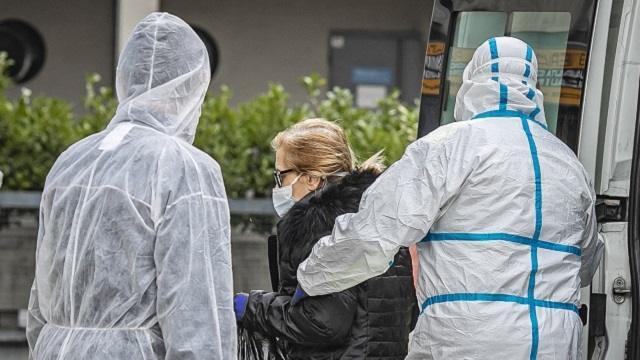 Заболевшие коронавирусом казахстанцы рассказали о лечении