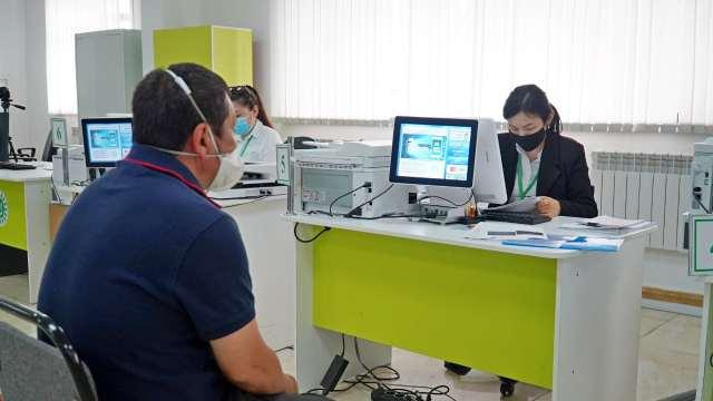 Жители Костаная могут дистанционно подать заявления на «бумажные» услуги ЦОН