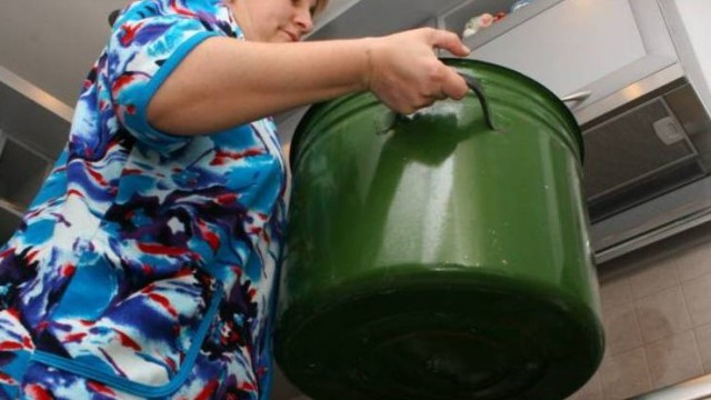 Почти на месяц отключат горячую воду жителям 14 домов в Костанае