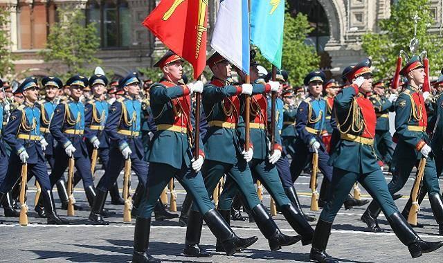 Казахстанские военные в Москву на парад Победы не поедут