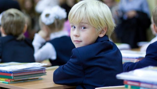 Прием документов в первый класс продлили до 20 августа в Казахстане