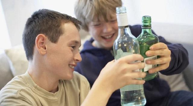 Влияет ли поведение подростков на их здоровье в будущем