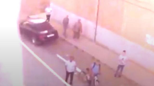 Видео: Попытку суицида предотвратили полицейские в Житикаре