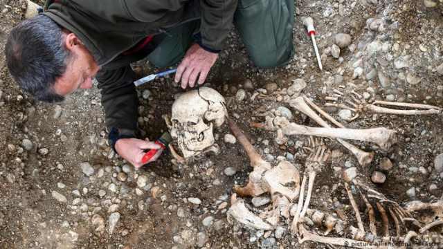 В Германии нашли место казни ведьм и скелеты висельников