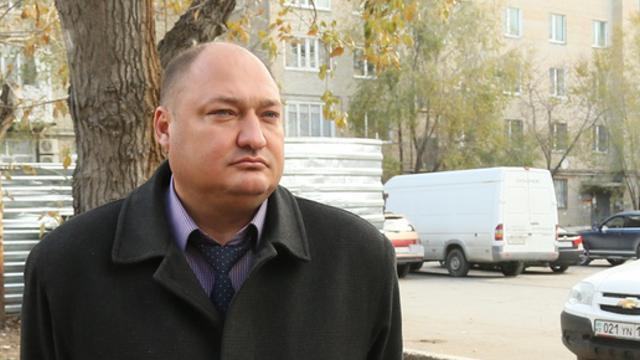 Приговор бывшему начальнику отдела ЖКХ Алексею Тарасову изменили в Костанае