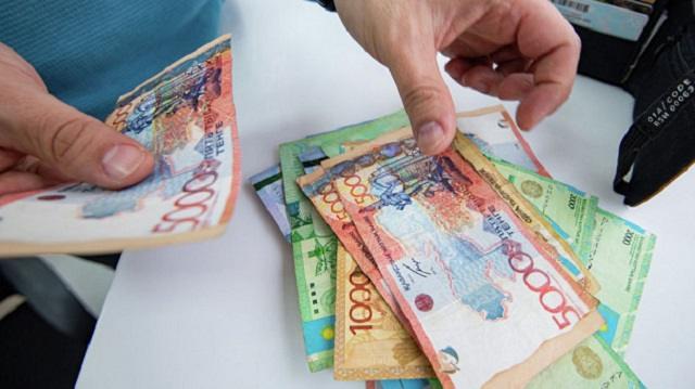 Какие валюты нельзя покупать в 2021 году? Ответ экономиста
