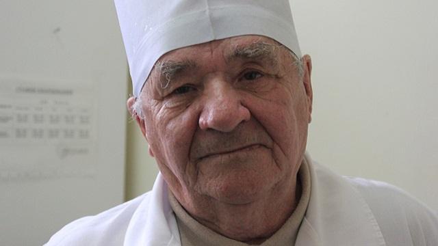 В Костанае скончался известный врач Виталий Степанович Гринюк