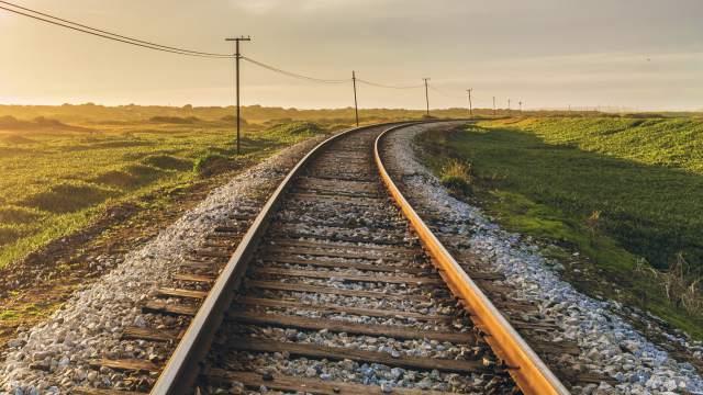 Движение еще двух поездов приостановили в Казахстане