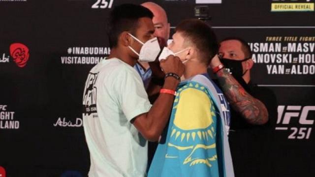 Второй бой казахстанца Жалгаса Жумагулова в UFC сорвался