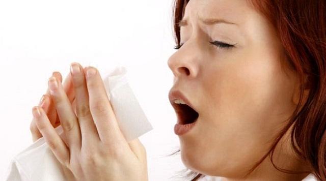 Насморк и заложенность носа: Когда подозревать коронавирус?