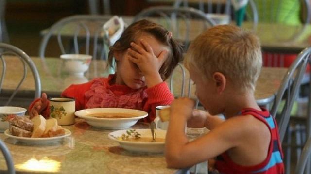 «Голодают дети»: В детском саду Шымкента разгорелся нешуточный скандал