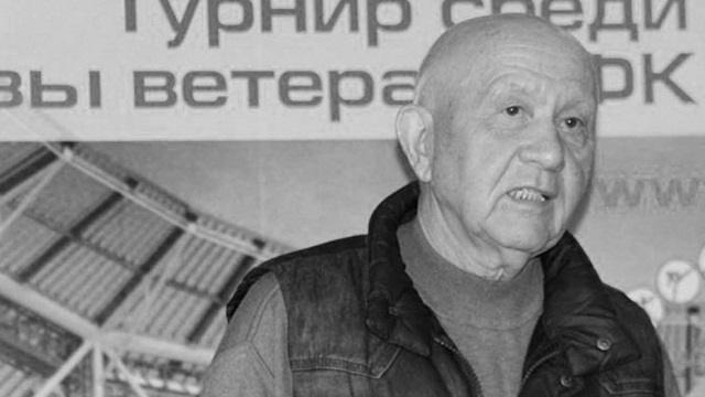 В Казахстане от пневмонии скончался известный спортивный журналист и комментатор Диас Омаров