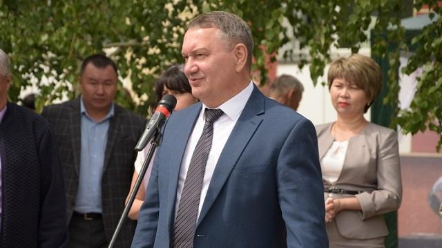 Кто от Костанайской области выдвинулся в Сенат парламента Республики Казахстан?