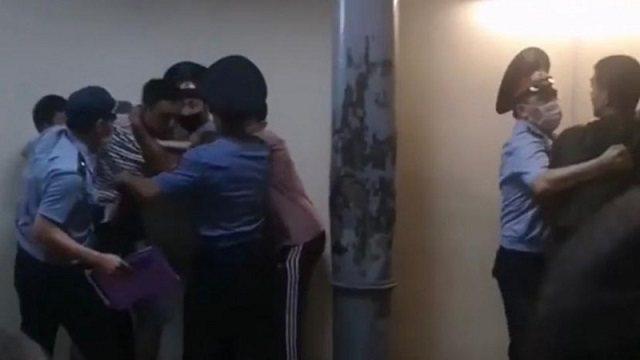 Журналисты в Караганде пострадали от посетителей ночного клуба
