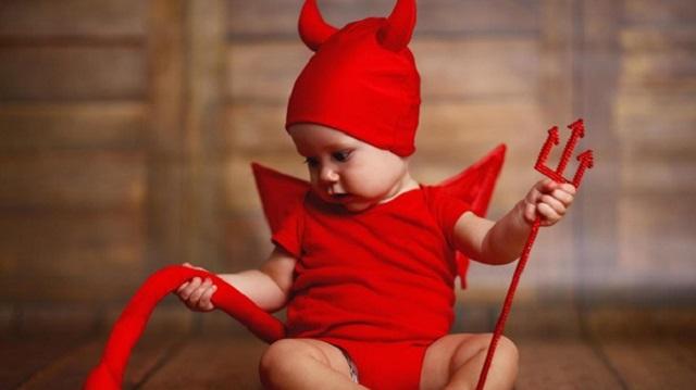 Супруги добились разрешения назвать сына «дьявольским» именем