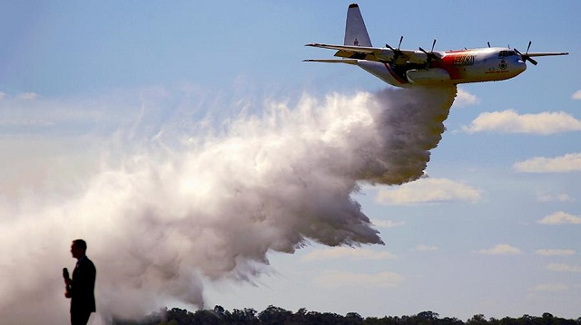 Казахстанцев снова пугают самолетами с химикатами