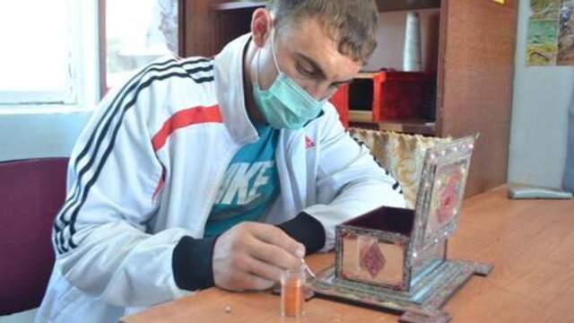 Акция добра: Осужденные изготовили шкатулки для воспитанников детского дома в Костанае