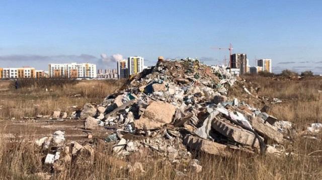 В каких регионах Казахстана чаще всего жалуются на стихийные свалки