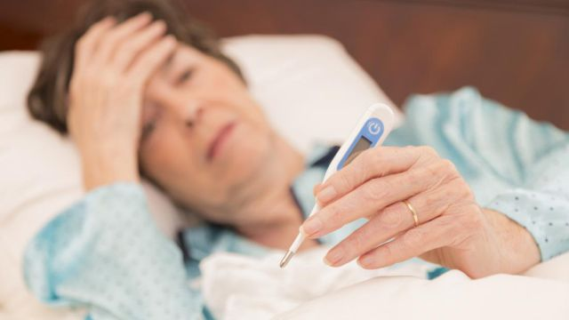 Глава Минздрава объяснил всплеск заболеваемости в начале недели