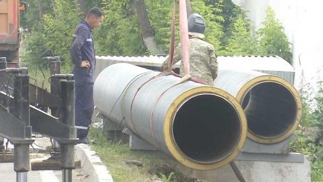 Снова грядут отключения горячей воды в Костанае: Причина — ремонт теплотрассы