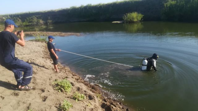 Труп 35-летнего мужчины извлекли из реки Уй в Костанайской области