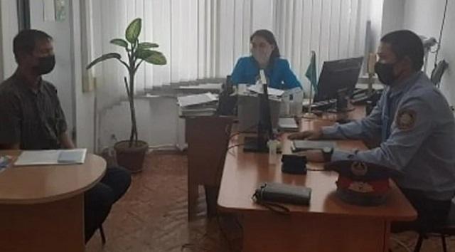 37-летний казахстанец впервые в жизни получил документы