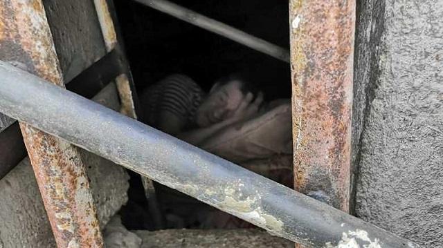 Россиянка всю жизнь искала отца и нашла его в подвале неподалеку от дома