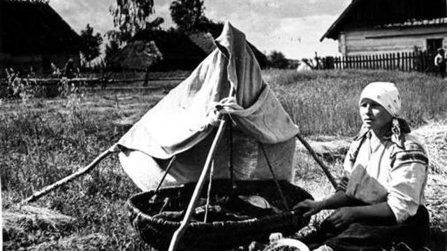 Почему на Руси мужчина должен был присутствовать на родах вместе с женой