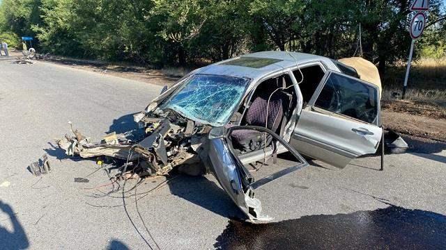 «Автомобиль разорвало пополам»: В страшном ДТП на трассе в Алматинской области погиб водитель