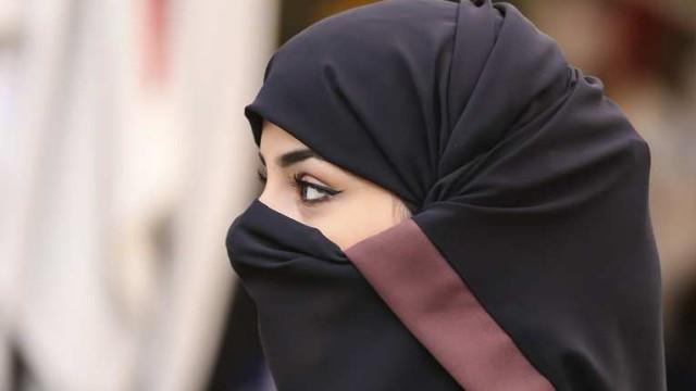 «Я рада, что прозрела»: Женщина рассказала, как надела хиджаб и стала второй женой в Казахстане