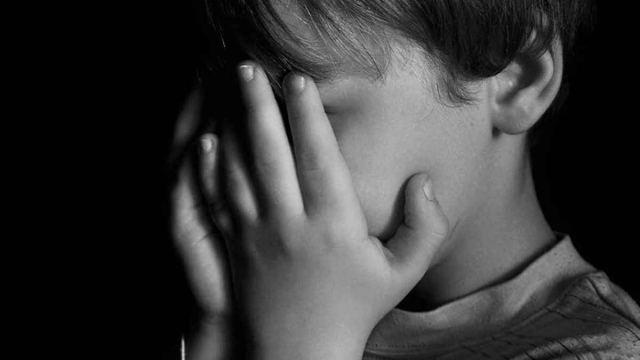 Школьники насиловали 8-летнего мальчика и снимали на камеру в Казахстане