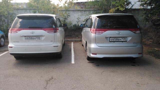 В Казахстане обнаружены три автомобиля с одинаковыми госномерами