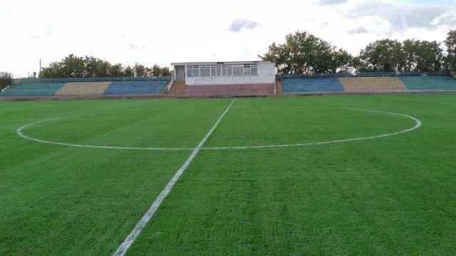 В районном центре Костанайской области футбольное поле отремонтировали за 44 млн тенге