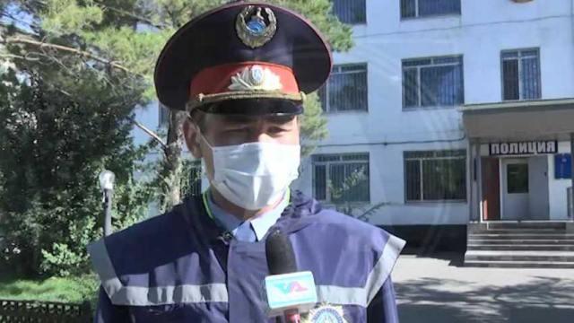 «Жомарт Жан»: Сотрудника полиции наградили за героический поступок в Костанайской области