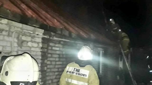 Труп мужчины найден при пожаре в Костанае