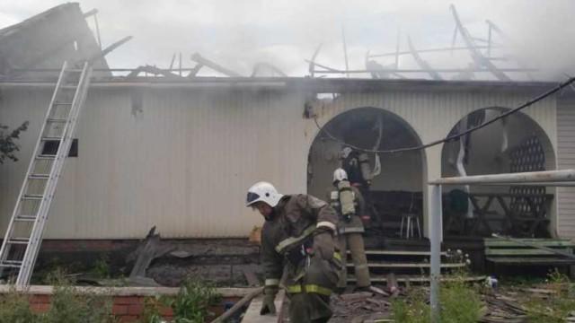 Пожар в жилом доме потушили в Рудном