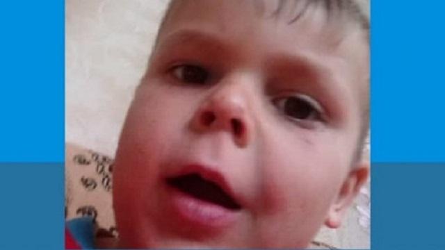 Неизвестный мужчина увел со двора 7-летнего мальчика в ВКО