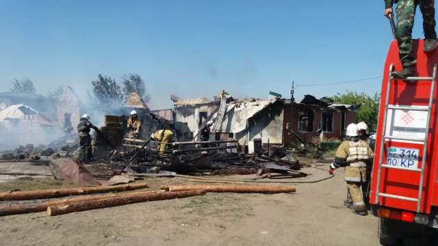 Дачный домик сгорел в пригороде Костаная