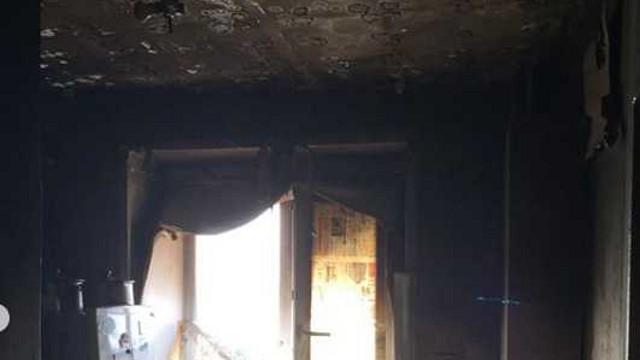 Пенсионера спасли из горящей квартиры в Костанайской области