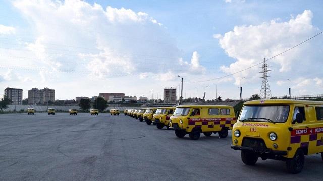 Больницы Костанайской области получили 20 новых автомобилей