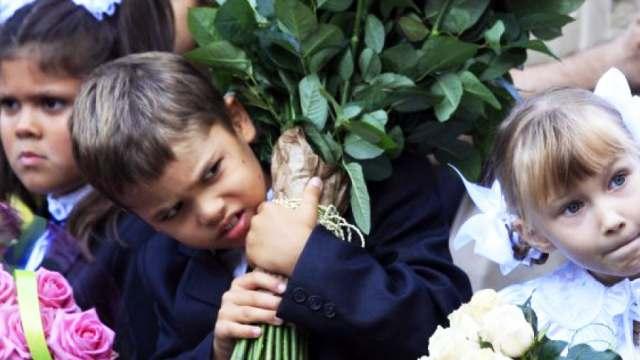 Без букетов: Спрос на цветы к 1 сентября упал в Казахстане