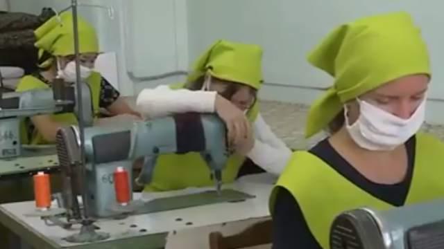 Видео: Костанайской швейной фабрике не хватает закройщиков, модельеров и швей